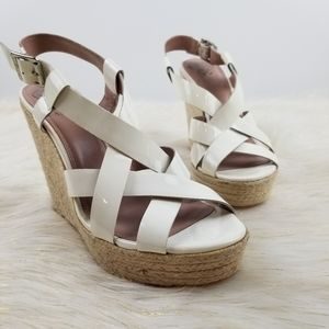 Vince Camuto size 7.5 wedge heel strappy sandals